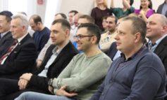 Сотрудницы «Железных дорог Якутии» поздравили мужчин песнями и маршами