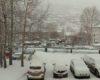 На дорогах возможны обледенение и снежные заносы