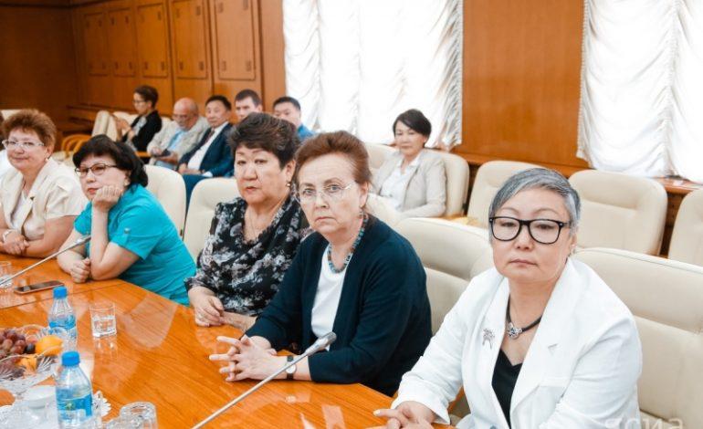 В день медработника звание отличника здравоохранения России получили 17 якутян
