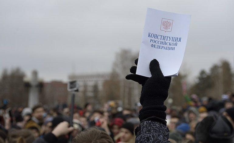 Митинги, Конституция и билеты в Воркуту