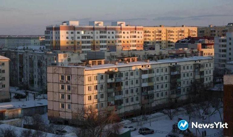 Домашний режим жителей Якутска, Жатая, Нерюнгринского и Мирнинского районов продлен до 30 апреля