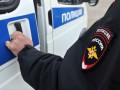 Двое мужчин насильно затолкали в машину девушку в Якутске
