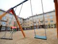 Ребенок получил травму, играя на детской площадке в Якутске