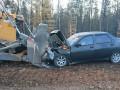 Легковой автомобиль столкнулся с бульдозером в Мирнинском районе Якутии