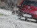Нетрезвый житель Якутска закидал камнями иномарку во дворе жилого дома