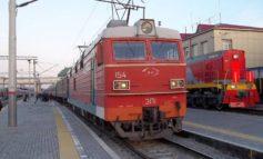 Пассажир поезда, куривший в вагоне, пытался дать взятку сотруднику транспортной полиции. Возбуждено уголовное дело