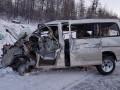 Пассажир погиб при столкновении такси с грузовиком в Нерюнгринском районе Якутии