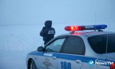 В Нерюнгринском районе сотрудники ГИБДД помогли водителю, у которого сломалась машина в минус 50 градусов