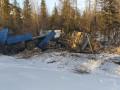 Два человека пострадали в результате опрокидывания  большегруза в Якутии
