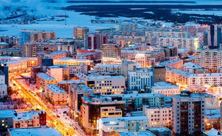 В ряде муниципалитетов Якутии приостановили деятельность отдельно стоящих крупных торговых объектов