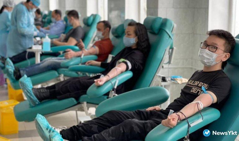 «Банк крови должен все время пополняться». 20 апреля отмечается Национальный день донора