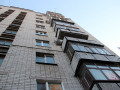 Подросток выпал с балкона восьмого этажа в Якутске